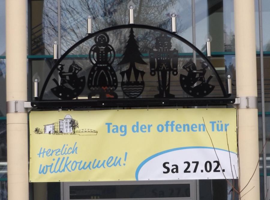 Plakat_TOT_(3)